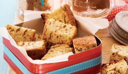 Ina Paarman's mother's quick and easy signature recipe. She always baked them in her black oven roasting pan and left them to stand until the next day before cutting and drying.