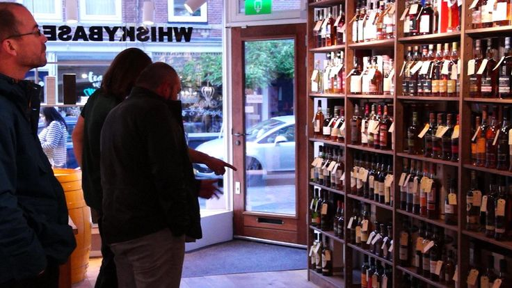 Visiting the Whiskybase shop in Rotterdam, the Netherlands