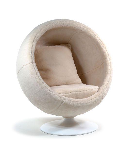 ugg chair. Black Bedroom Furniture Sets. Home Design Ideas