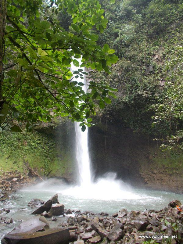 Arenal Hotsprings and waterfall, Costa Rica. Volunteer opportunities, volunteer overseas. https://www.uvolunteer.net/