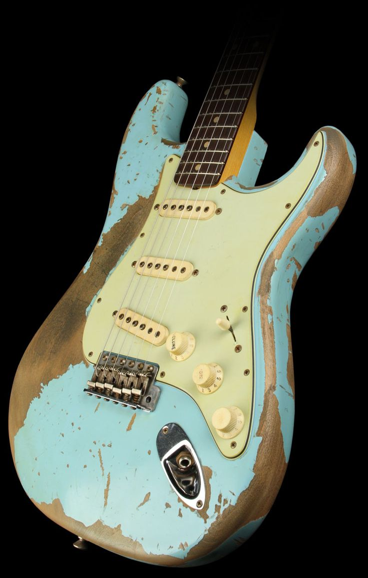 Fender Custom Shop Exclusive Masterbuilt '62 Stratocaster Ultimate Relic Electric Guitar Daphne Blue