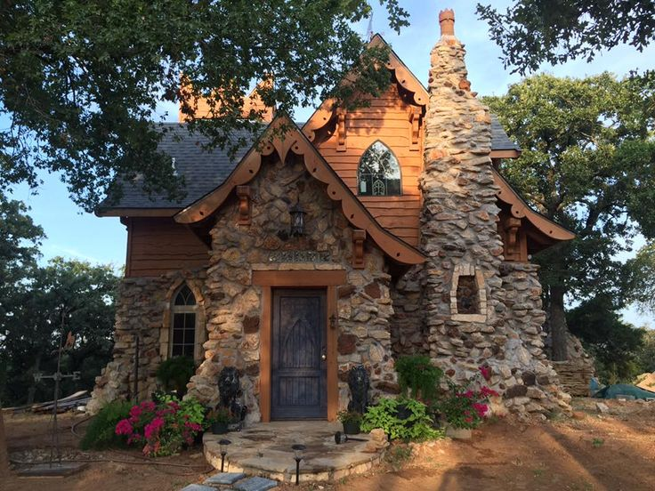 The Gwendolyn in Johnson County - Almost exactly like the plans, except for a few things, like the arched front door, which is one of my fav things! Too bad, but still fantastic!