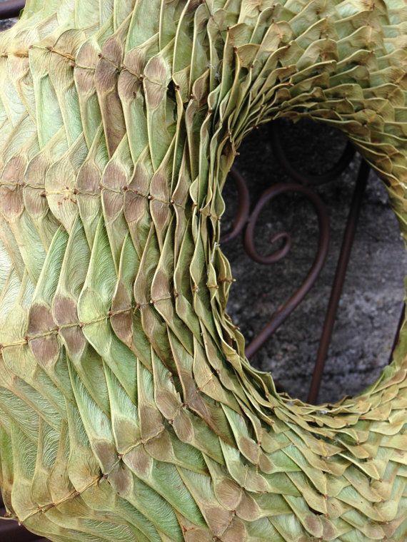 Dieser Herbst Kranz besteht aus Ahorn-Samen. Ich genieße wirklich Herbst und es ist wunderbare Farben, so will ich alles optimal zu nutzen, dass der Herbst uns bringt damit ist, warum ich diesen Kranz gemacht.  Der Außendurchmesser ist 32cm (14 Zoll), interne - 15cm (5,5 Zoll), Dicke ca. 5-cm(2 inches)  Dieser Kranz ist perfekt das ganze Jahr!  Vielen Dank für Ihren Besuch auf meinem Shop.