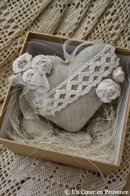Gifts made by Anna of the blog Lovely Home  ...I love linen, lace and maybe some pearls