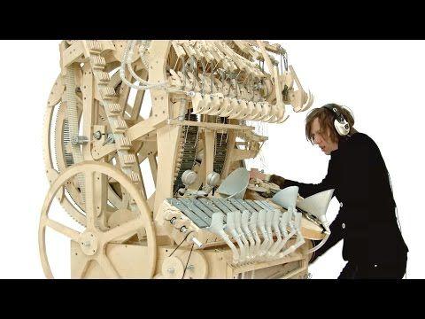 Video: Wintergatans Klangmaschine mit 2000 Murmeln [YouTube Pick des Tages] - http://www.delamar.de/fun/wintergatans-murmeln-33470/?utm_source=Pinterest&utm_medium=post-id%2B33470&utm_campaign=autopost