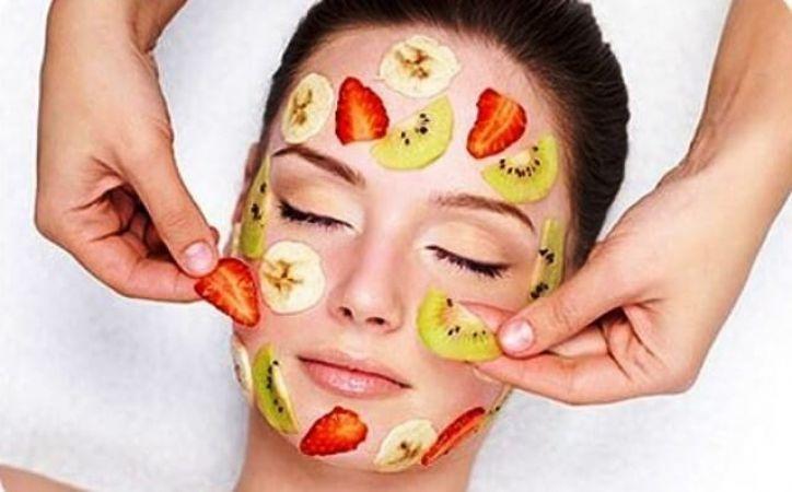 Yüzünüzün Tekrar Genç Görünmesini Sağlayacak 10 Etkili Yöntem – Bilge C…
