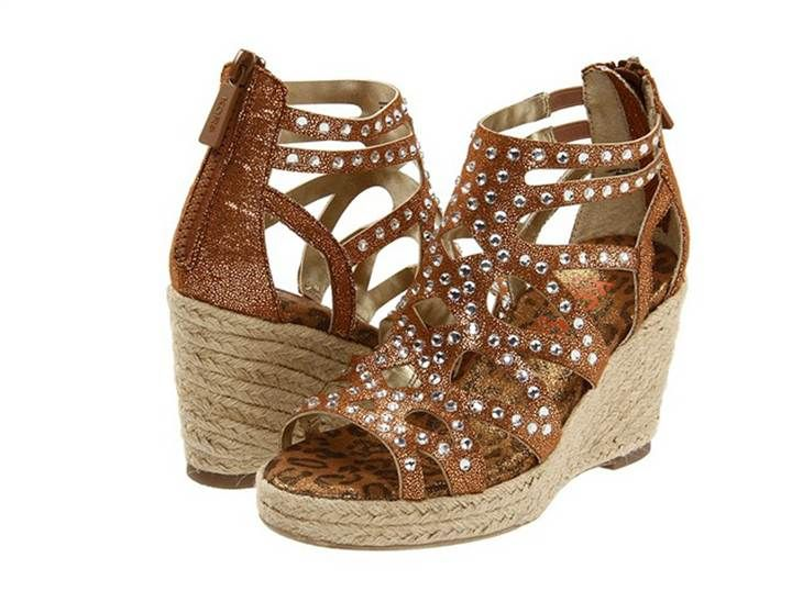 Crib note: High-heeled wedges for kids -- fashion forward or faux pas? - Best 25+ Kids High Heels Ideas Only On Pinterest Black Heels For