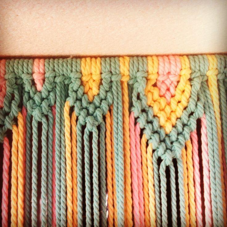 Cortina para las moscas de macram con cuerda de colores for Como hacer una cortina para exterior