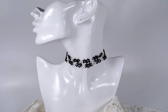 Sieh dir dieses Produkt an in meinem Etsy-Shop https://www.etsy.com/de/listing/522853878/tattoo-halsband-90er-fabric-necklace