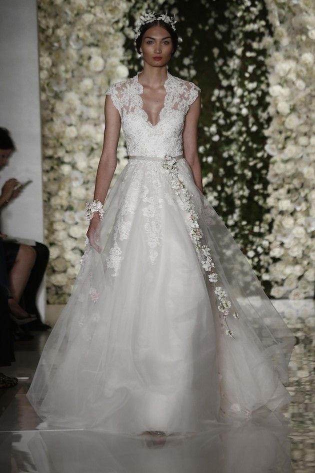 Reem Acra Fall 2015 Collection   Bridal Musings Wedding Blog