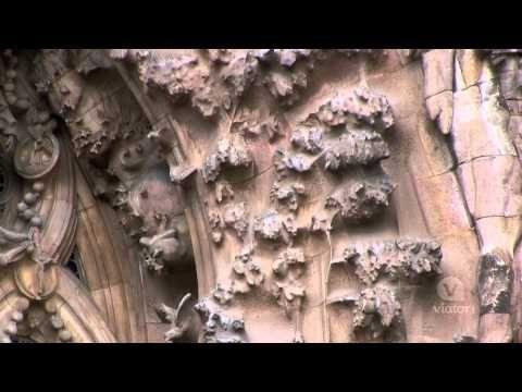 Skip the Line: Barcelona Sagrada Familia Tour - YouTube