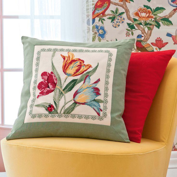 cuscino con tulipani