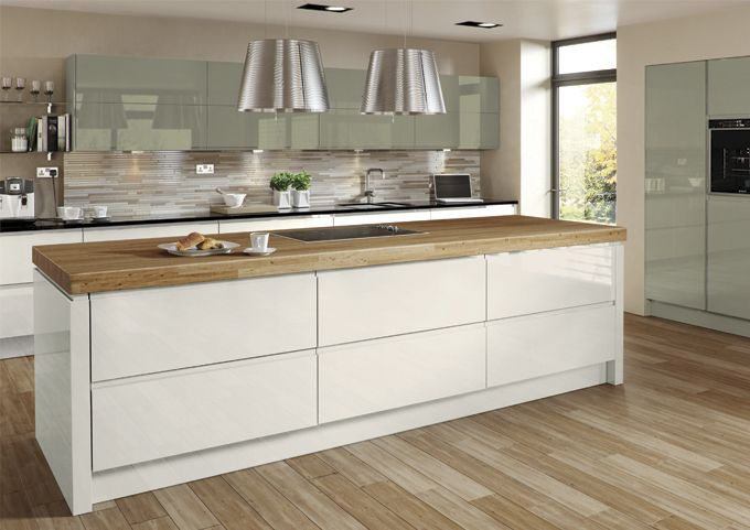 Welford Cream & Willow kitchen - MDF handleless painted high gloss