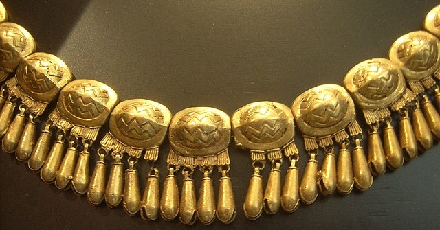 Zapotec (gold necklace)
