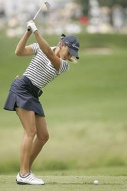 Stripes and navy, always a good option! | women's golf | golf fashion | women's golf style