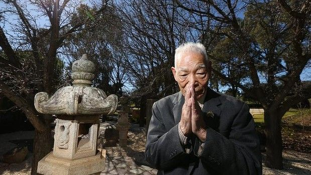 Teruo Murakami at Cowra's Japanese cemetery. We were very fortunate to meet Mr Murakami during the 70th Anniversary commemorations of the Cowra Breakout in 2014.   #cowra #cowrabreakout