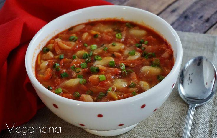 Sopa de Feijão Branco com Tomates