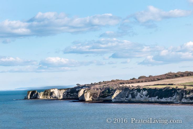 View of Old Harry Rocks on the Jurassic Coast on the English Channel in southern England. / PratesiLiving.com
