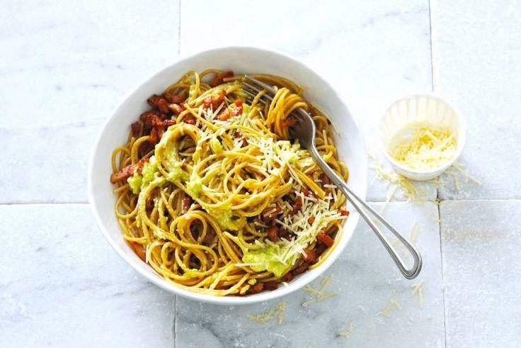 Spaghetti avocado-carbonara - Recept - Allerhande
