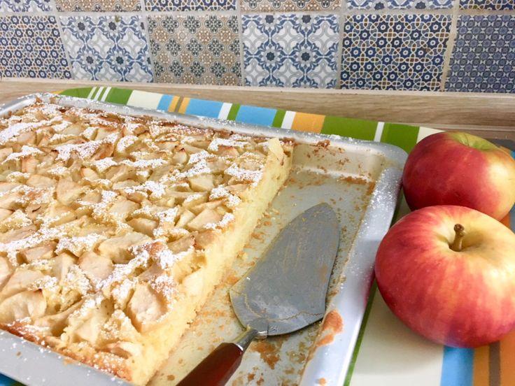 Apfelkuchen vom Blech wie bei Oma – mit saftigem Rührteig