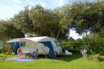 En Bretagne au camping Les Plages de Beg Léguer, Emplacement de camping, 1 véhicule