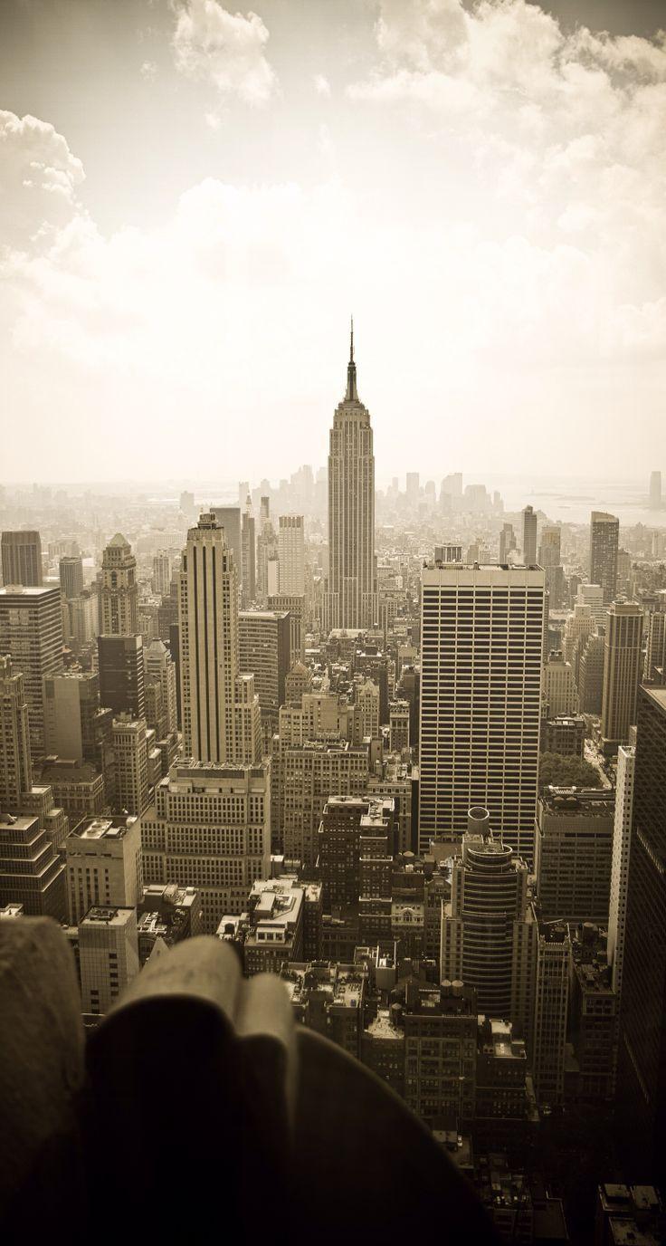 0b96496ed264e25ec4a970957b824382.jpg (736×1376) New york