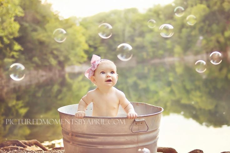 Baby Ansley is Featured Over At Be Inspired! by Confessions of a Prop Junkie | Baby Bathtime