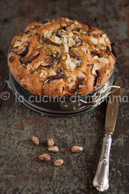 la cucina di mamma: Torta integrale al latte di mandorle, fichi e pistacchi