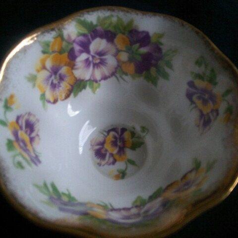 Beautiful Tea Cup. I love Pansies; do you?