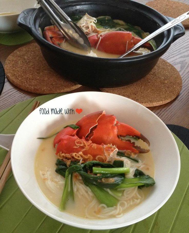 crab bee hoon soup | Food - Noodles & Rice | Pinterest