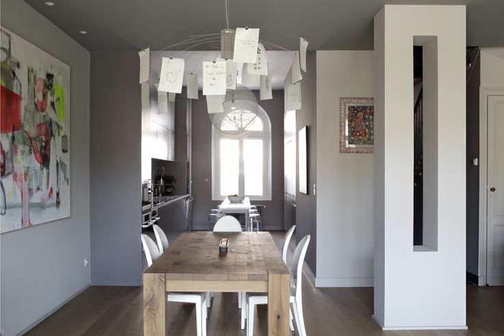 1000 images about salles a manger dining rooms on pinterest table and chairs eames chairs - Interieur eclectique maison citiadine arent pyke ...