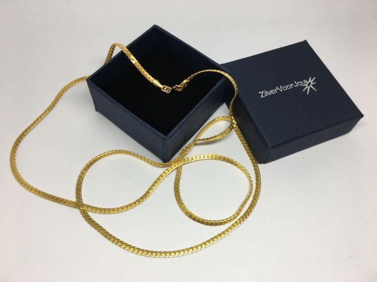 Prachtig echt zilveren en 18 karaat geel goud vergulde cardano halsketting.De ketting heeft een totale lengte van 60 cm en is 3 mm breed.Mooi om zo te dragen maar ook geschikt voor een kettinghanger