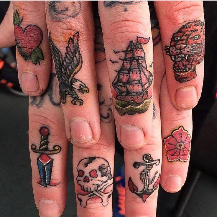 Fingers tattoo