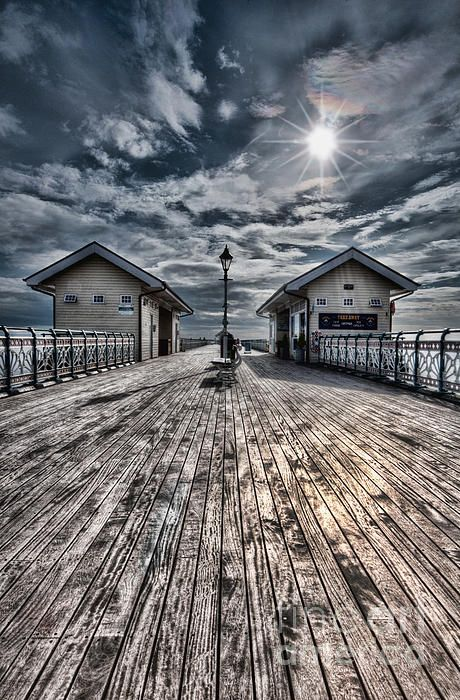 Take a stroll on the boardwalk at #Penarth Pier, South #Wales. Photography by Steve Purnell Photography
