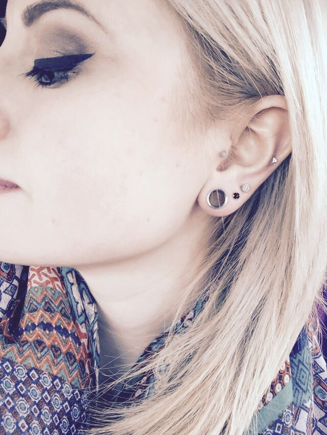 ears streched to 0g