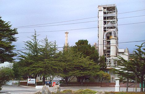 The CEMEX cement facility started in Davenport in 1906 as the Santa Cruz Portland Cement Company. The Davenport facility was originally built to supply cement for the Panama Canal and Pearl Harbor.  This location supplied cement for many well known California landmarks including the Golden Gate Bridge, San Francisco-Oakland Bay bridge, Candlestick Park, Transamerica Pyramid building, San Francisco International Airport, Oakland Coliseum in the San Francisco Bay area, and the California…