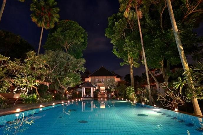 OopsnewsHotels - D'Omah Hotel. D'Omah Hotel provides 4-star accommodation in Ubud. The numerous amenities this art deco hotel offers include a swimming pool, a free shuttle service and free Wi-Fi.   There are a variety of facilities at d'Omah Bali Hotel that guests can enjoy, including valet parking, coffee bar and a spa and wellness centre. Family amenities include babysitting/child services.