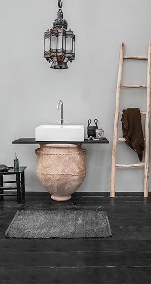les 25 meilleures id es de la cat gorie deco orientale sur pinterest salle orientale. Black Bedroom Furniture Sets. Home Design Ideas