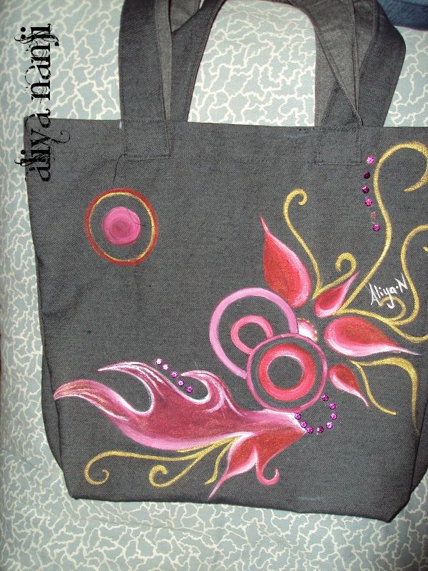 Hand painted bag. For £10 only