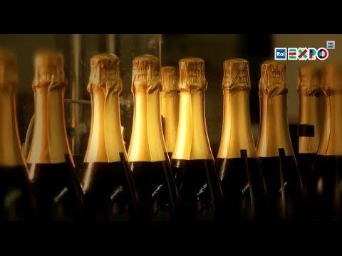 """我们会用英国香槟庆祝新年吗?-""""气候正在发生着变化。在田野间,在酒杯中,我们好像随时都可以感受到这种变化的结果。在新年的第一天,我们会用英国香槟干杯吗?#2015米兰世博##香槟##美酒#"""