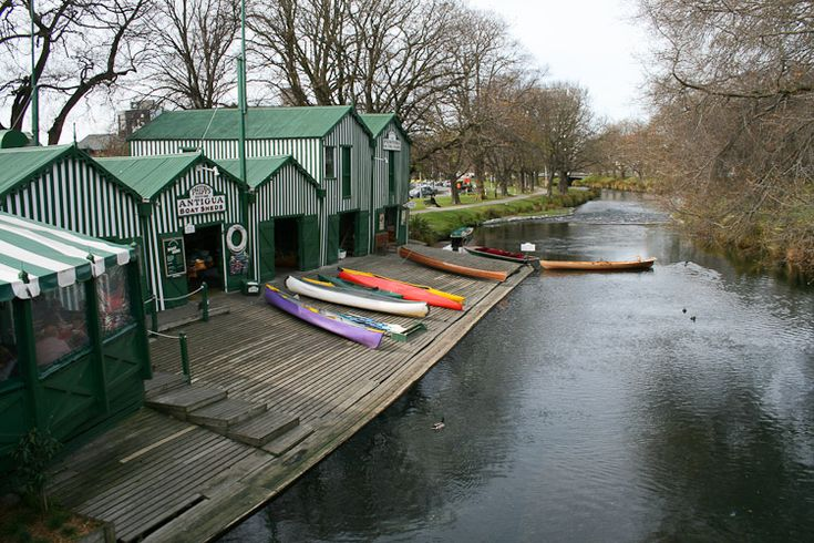 Punting on the Avon River, Christchurch, NZ - DONE