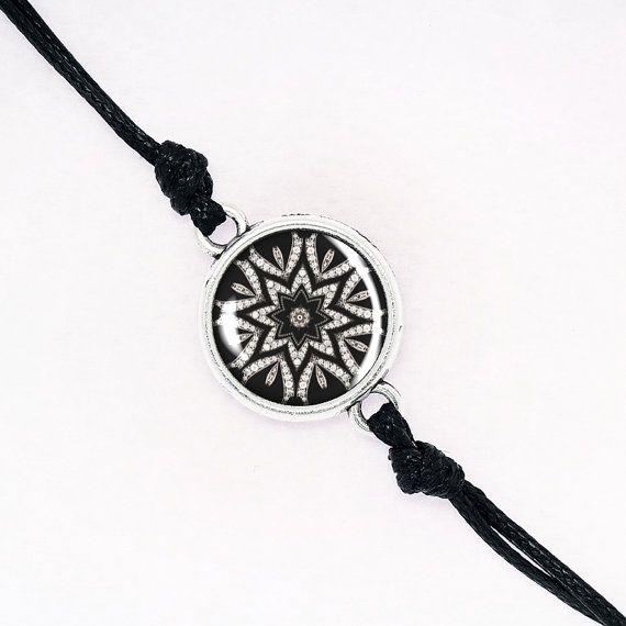 Black and White Kaleidoscope Bracelet, Classic Elegant Bracelet,Choose Your Frame Color, Black Cord BCZA01R11K04