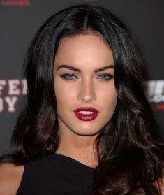dark hair, red lips.