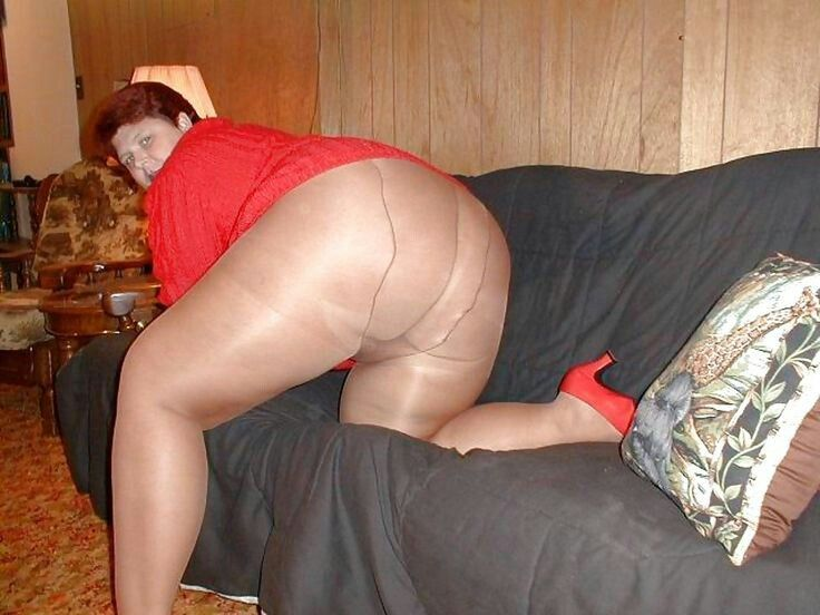 X bbw granny black pantyhose upskirt are not
