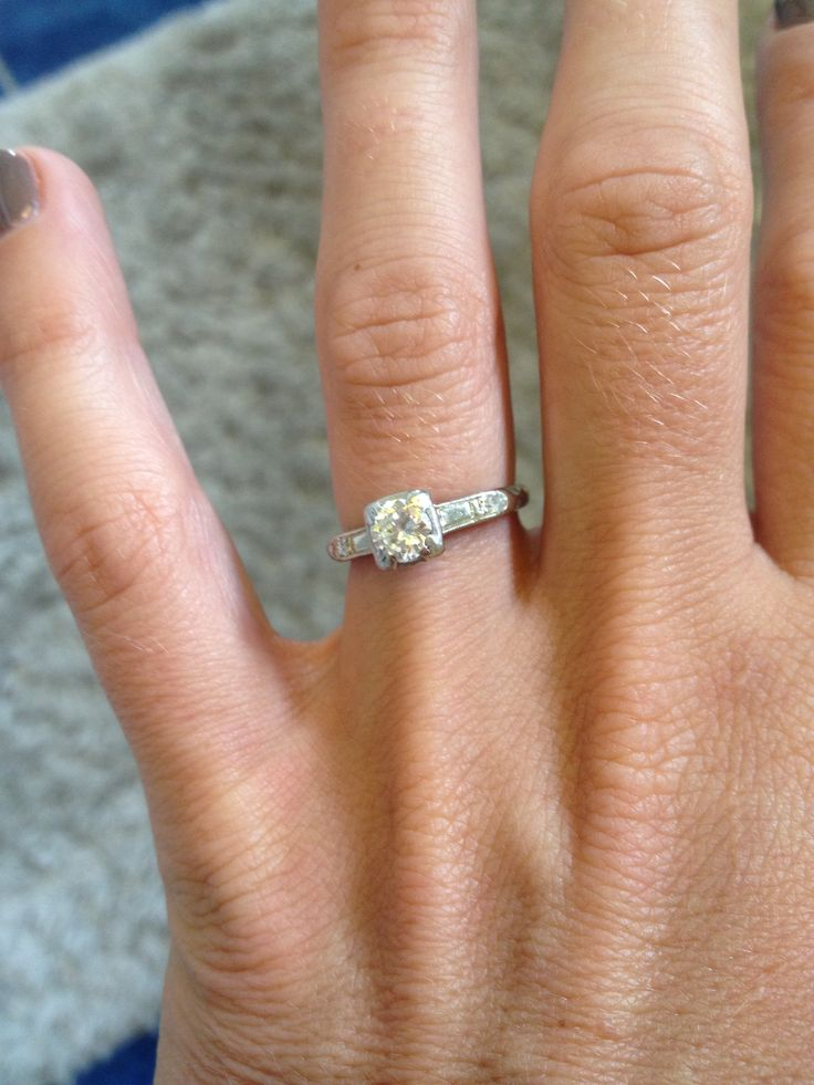 Antique engagement ring Simple thin band solitaire vintage antiquering 19