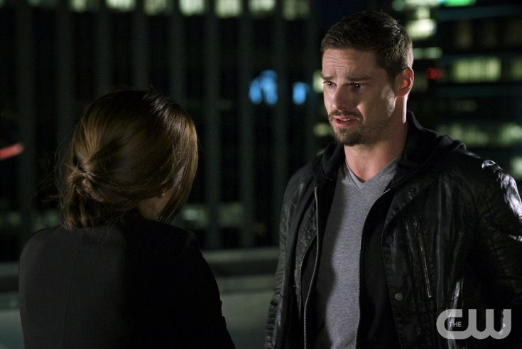 """Beauty and the Beast -- """"Point of No Return"""" -- Image Number: BB407a_0143.jpg -- Pictured (L-R): Kristin Kreuk as Catherine and Jay Ryan as Vincent -- Photo: Michael Gibson/The CW -- © 2016 The CW Network. All Rights Reserved."""