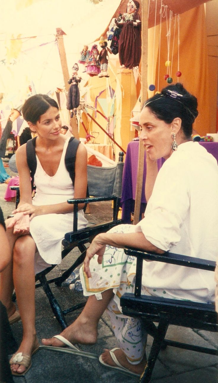 Sendy Bar & Sonia Braga.