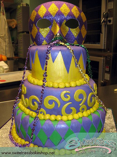 51 best Mardi Gras images on Pinterest | Mardi gras, Grass cake and ...