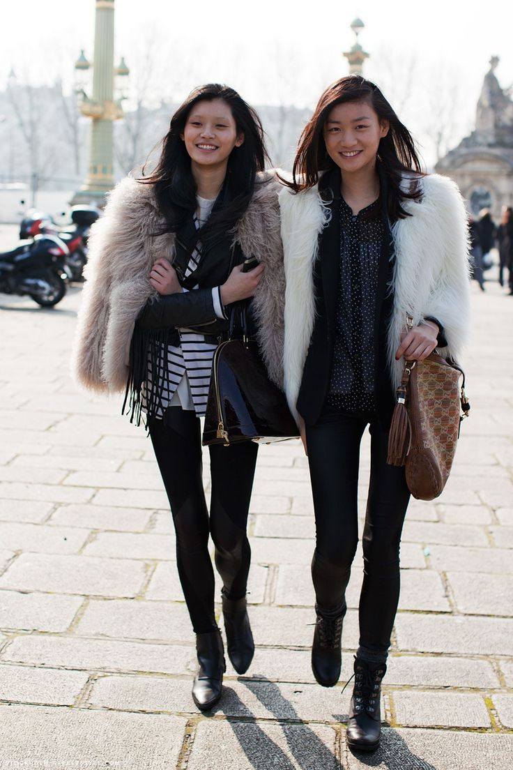 .: Models Off Duty, Fur Coats, Fashion Style, Winter Style, Street Style, Dresses, Winter Outfits, Blazers, Models Street Style