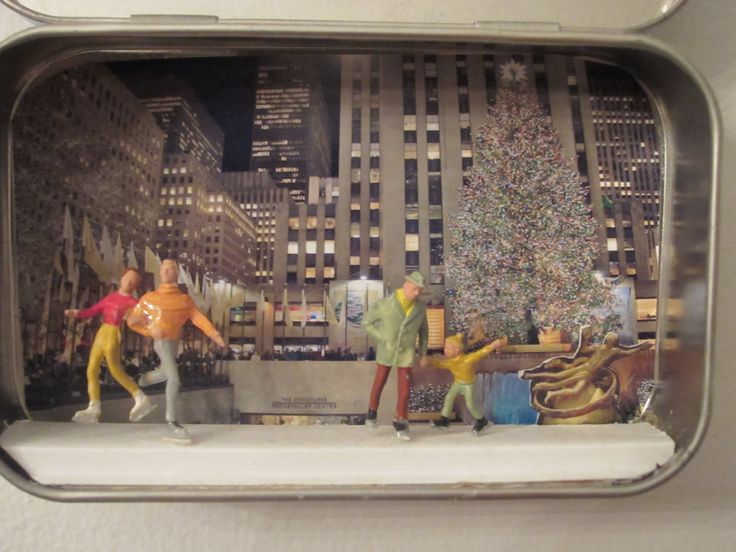 altoid box Christmas diorama - Google Search